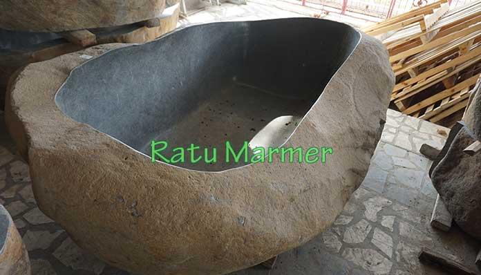 Bak Mandi Batu Kali Ratu Marmer Tulungagung