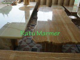 Meja Makan Ratu Marmer Tulungagung